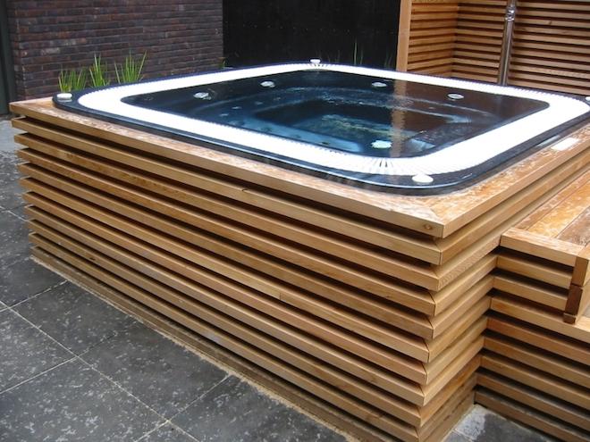 UW-zwembad voor de kleine tuin cerdic