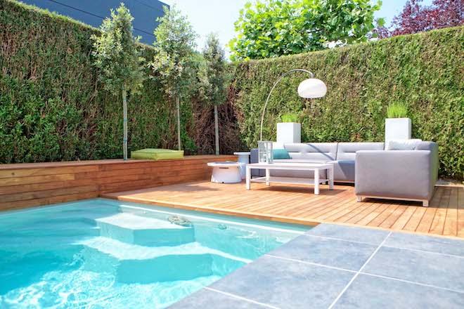 UW-zwembad voor de kleine tuin lounge