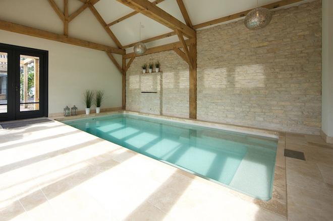 uw-zwembad-thuis-genieten-van-een-binnenzwembad 2