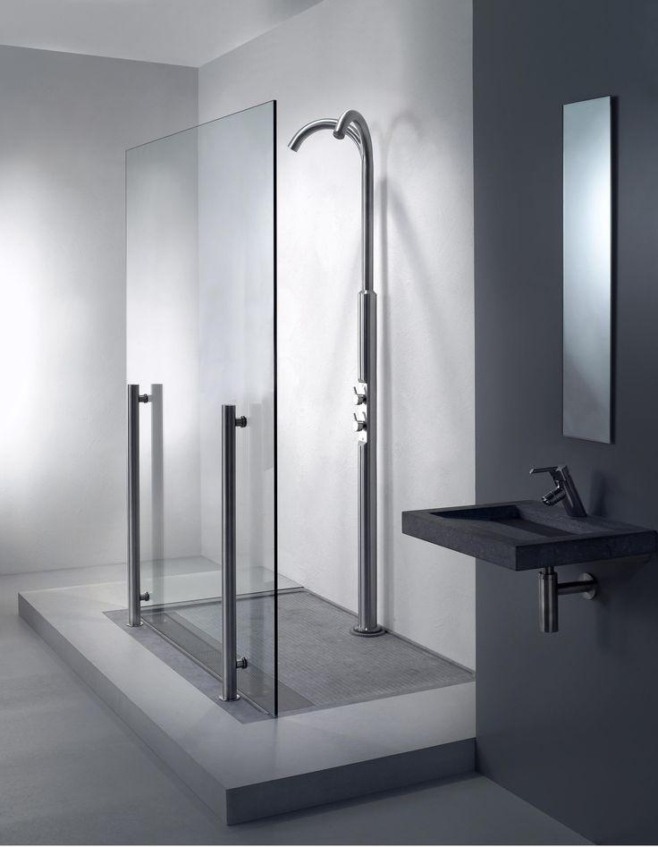 Een ruime badkamer met design inloopdouches van balance nieuws startpagina voor badkamer - Italiaanse design badkamer ...