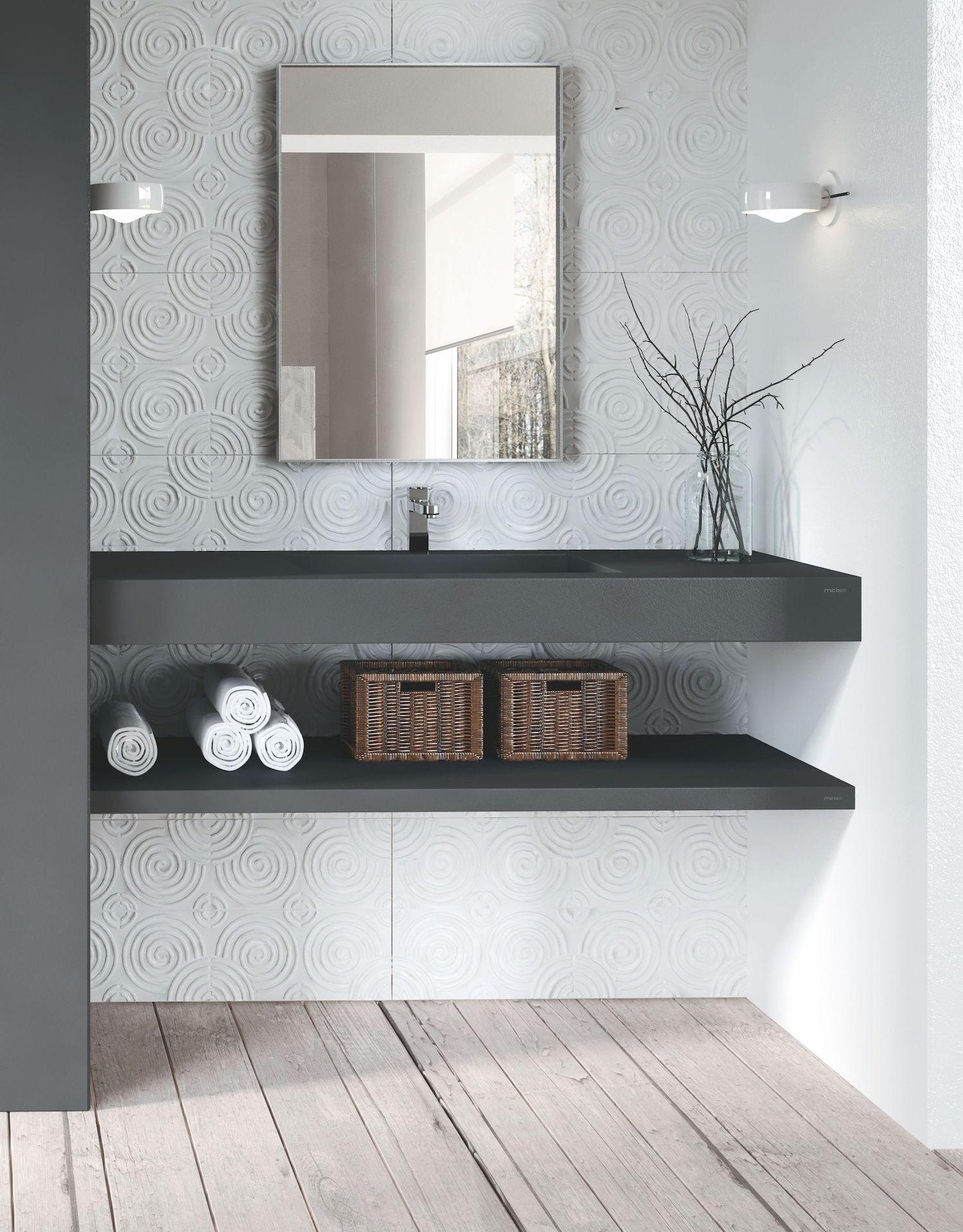 Zwarte wastafel van composiet via Burgmans sanitair #badkamer