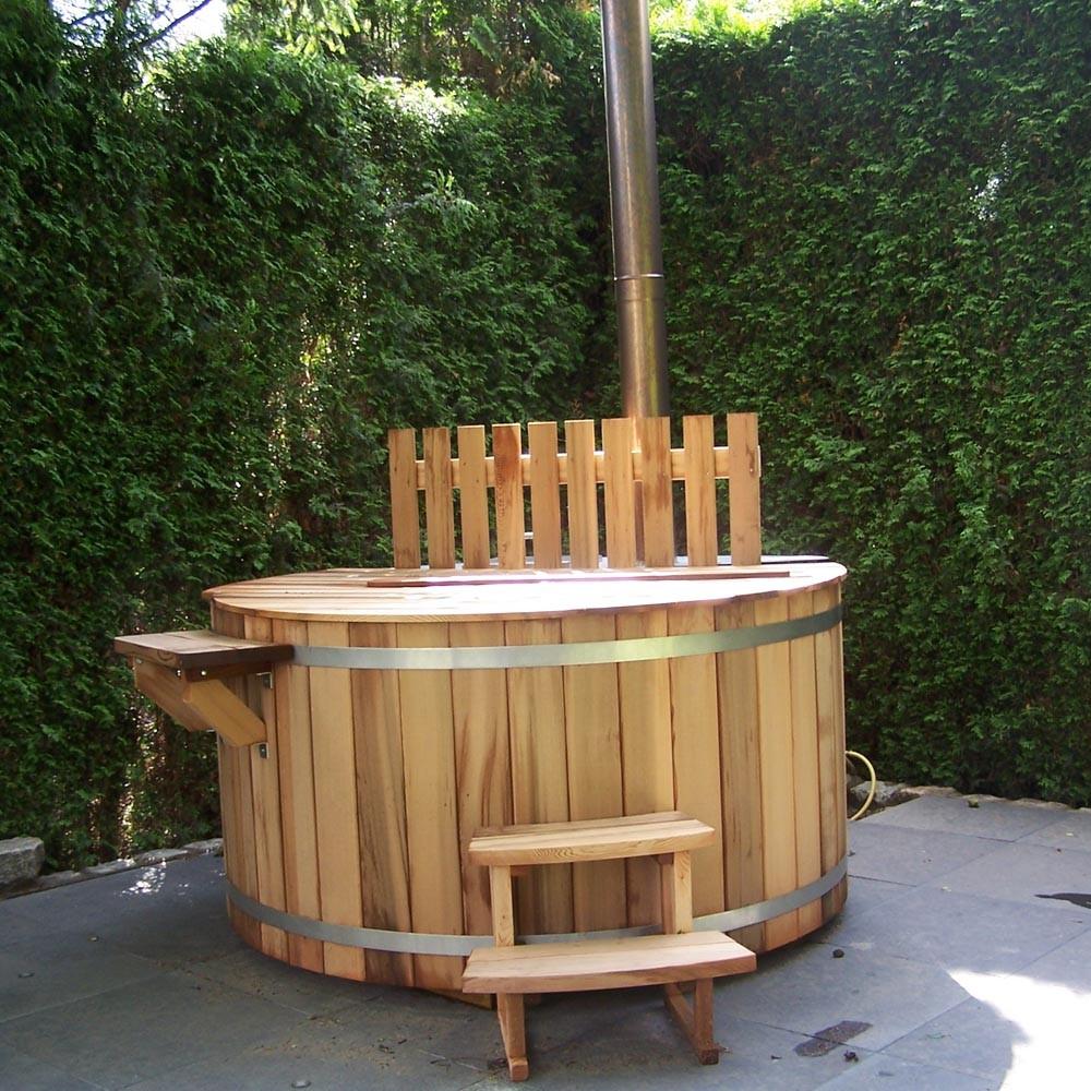 Houten hottub voor de tuin van Cerdic