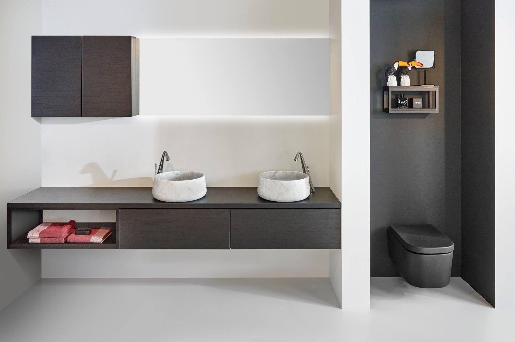 Badkamerinspiratie. Badkamermeubel volgens de laatste badkamertrends. Architect van Detremmerie #detremmerie #badkamer #badkamertrends #badkamerinspiratie