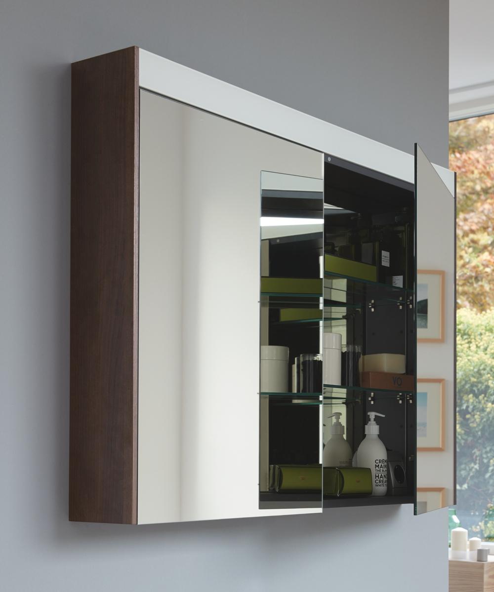 Duravit spiegelkast met gestructureerde opbergruimte #spiegelkast #duravit #badkamer #badkamerinspiratie #badkamermeubel
