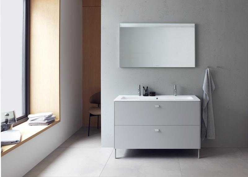 Philippe Starck in de badkamer. Duravit badkamermeubel met Me by Starck wastafel #badkamer #duravit #starck #badkamermeubel #wastafel