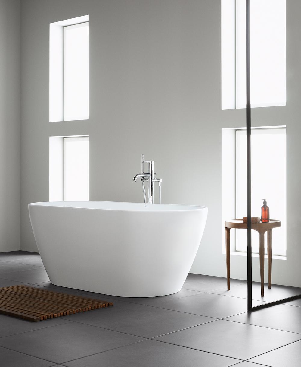 Duravit vrijstaand bad uit de complete badkamerserie D-Neo #duravit #badkamer #bad #vrijstaand #badkameridee #dneo