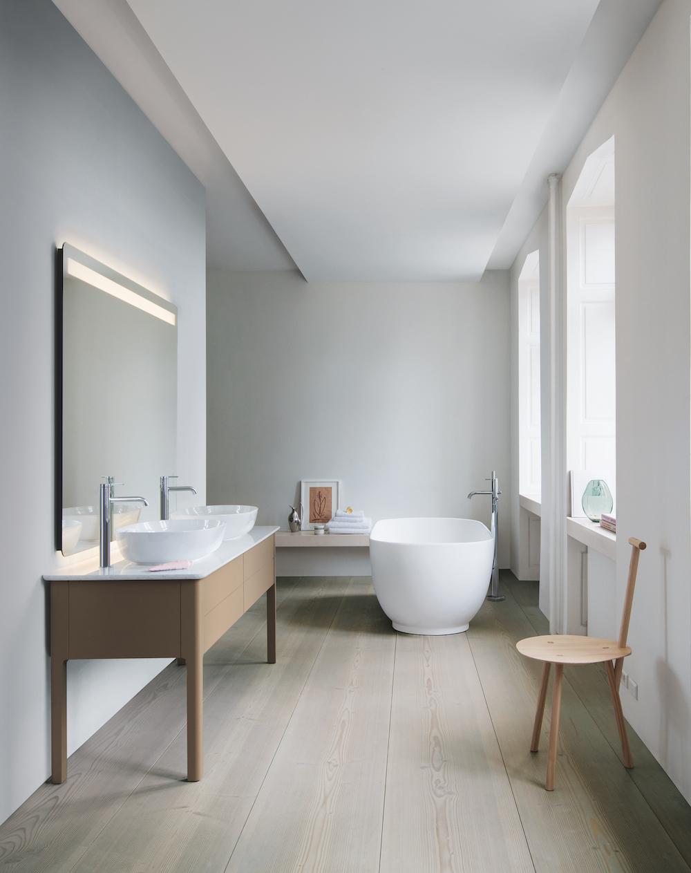 Duravit badkamer - bad en wastafel en meubel
