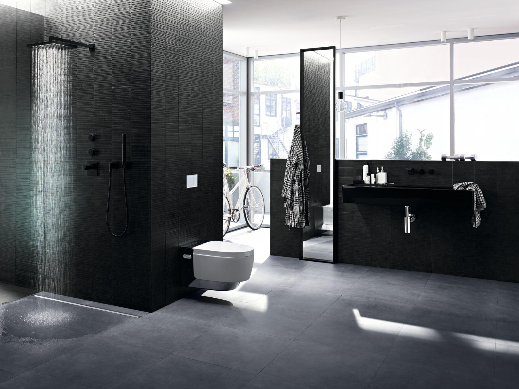 Geberit Aquaclean Mera douchewc toilet met intelligente functies, welkomprogramma en orientatie licht