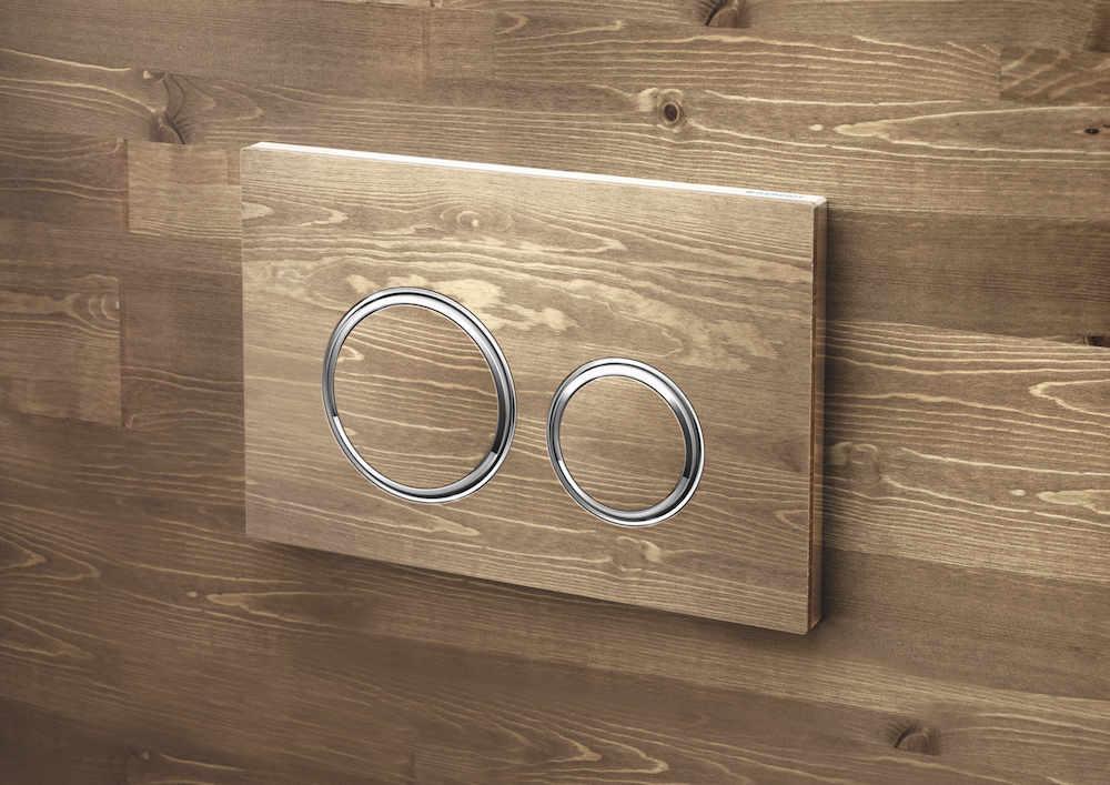 Nieuwe bedieningsplaat Geberit Sigma21 met ronde spoelknoppen custom made met houten oppervlak #geberit #toilet #bedieningsplaat #sigma21