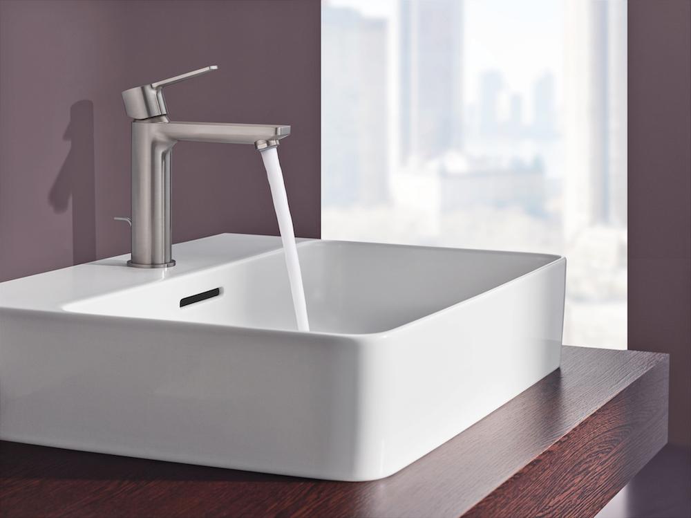 Designkranen sieren hedendaagse badkamers nieuws badkamer ideeën