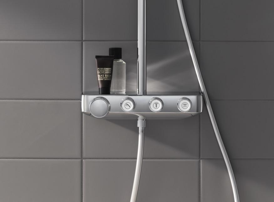 De meest recente innovatie onder de douche. Met Euphoria SmartControl kun je kiezen tussen twee straalsoorten of ze combineren #grohe #douche #thermostaatkraan #douchesysteem