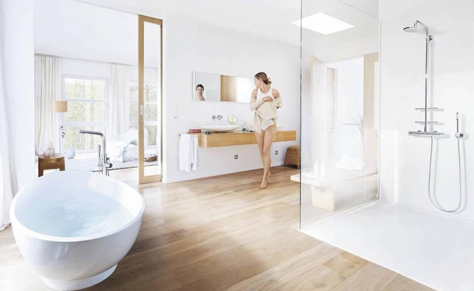 Badkamer met douchesystemen van Grohe. Alles over douches #douche #badkamer #douchesystemen