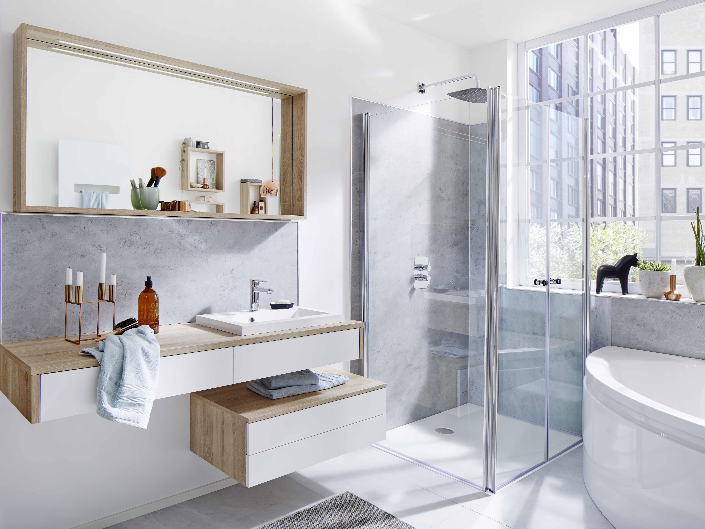 Badkamer Douchewand Glas : Inklapbare douchecabines voor de kleinste badkamers nieuws
