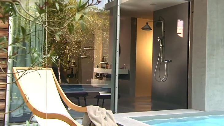 Loft met zwembad - douche axor Front via hansgrohe