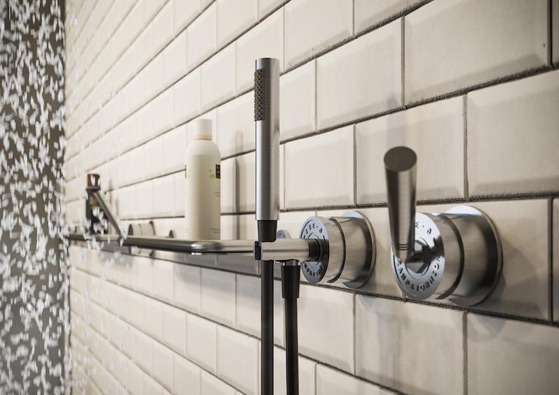 Badkamerinspiratie. Designdouche voor de badkamer soho RAW van JeeO #badkamerinspiratie #badkamer #designkranen #douche #jeeo