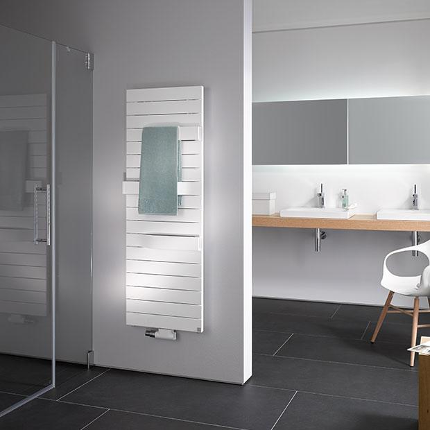 Badkamer met designradiator Tabeo van Kermi
