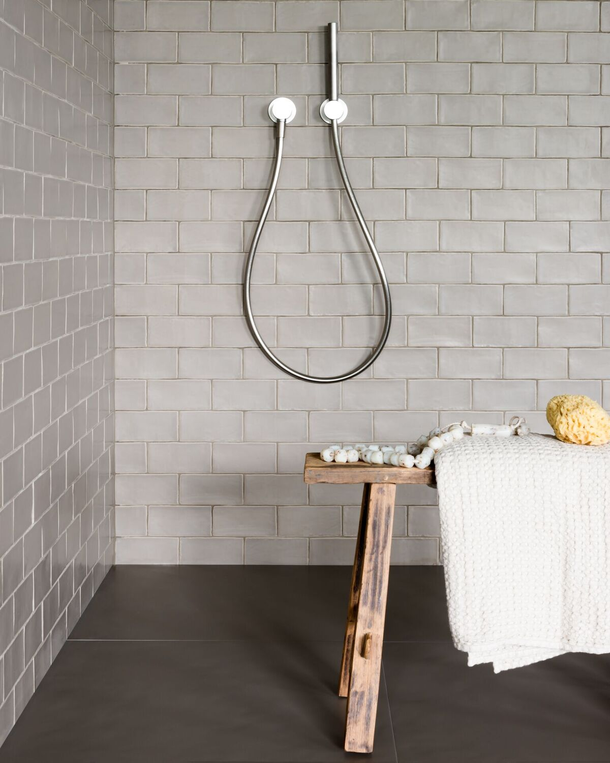 Piet Boon Tiles & Stones by Douglas & Jones in de badkamer - via Koltegels Haarlem