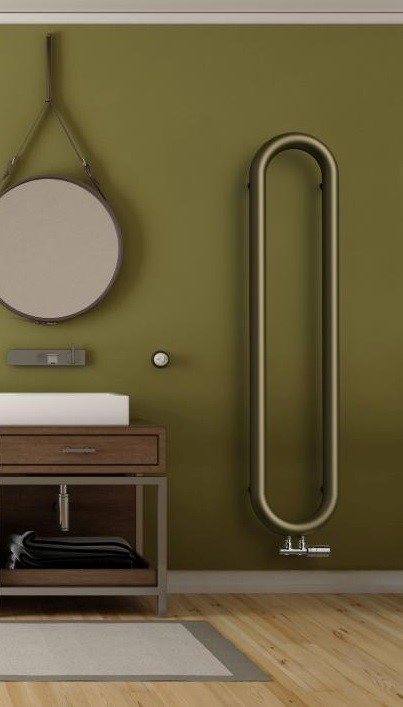 Spiraalradiator Spiralix voor een industriële stijl in de badkamer via Laurens