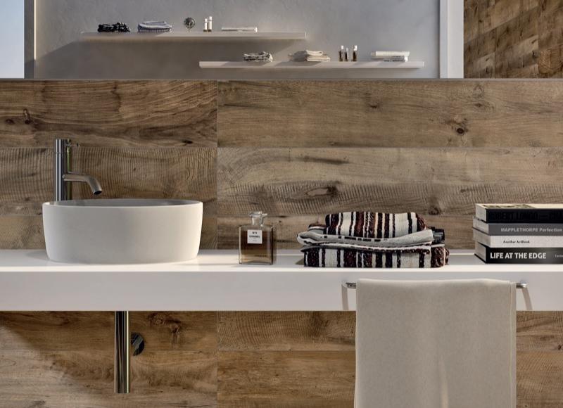 Tegeltrends voor de badkamer nieuws startpagina voor badkamer idee n uw - En grijze bad leisteen ...