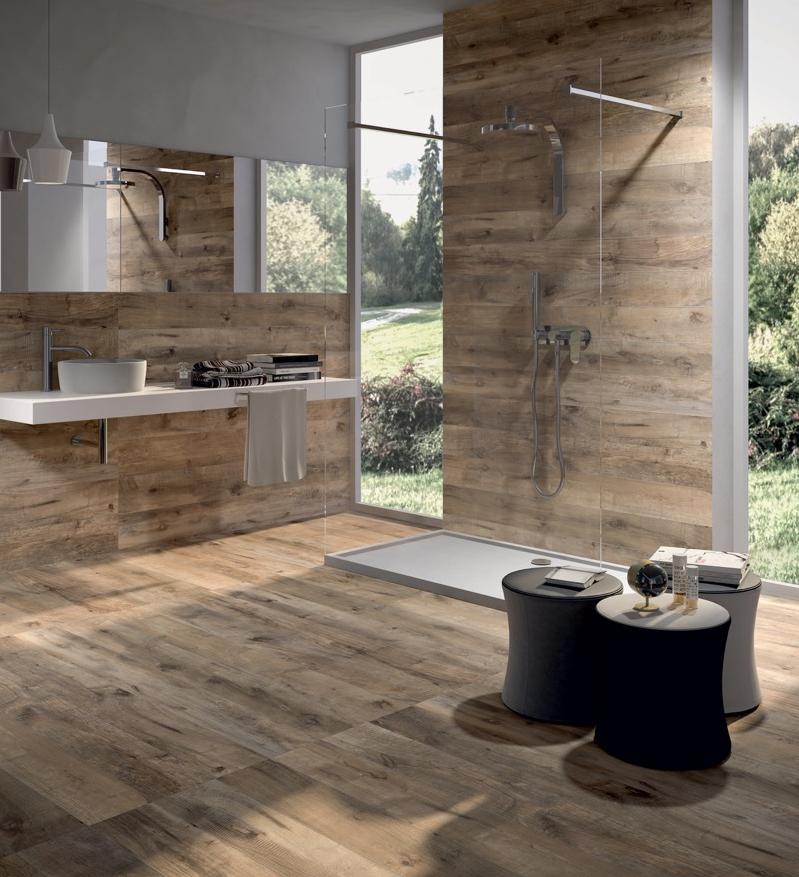 Kermaische tegels met houtlook in de badkamer via Mijn Bad #badkamer