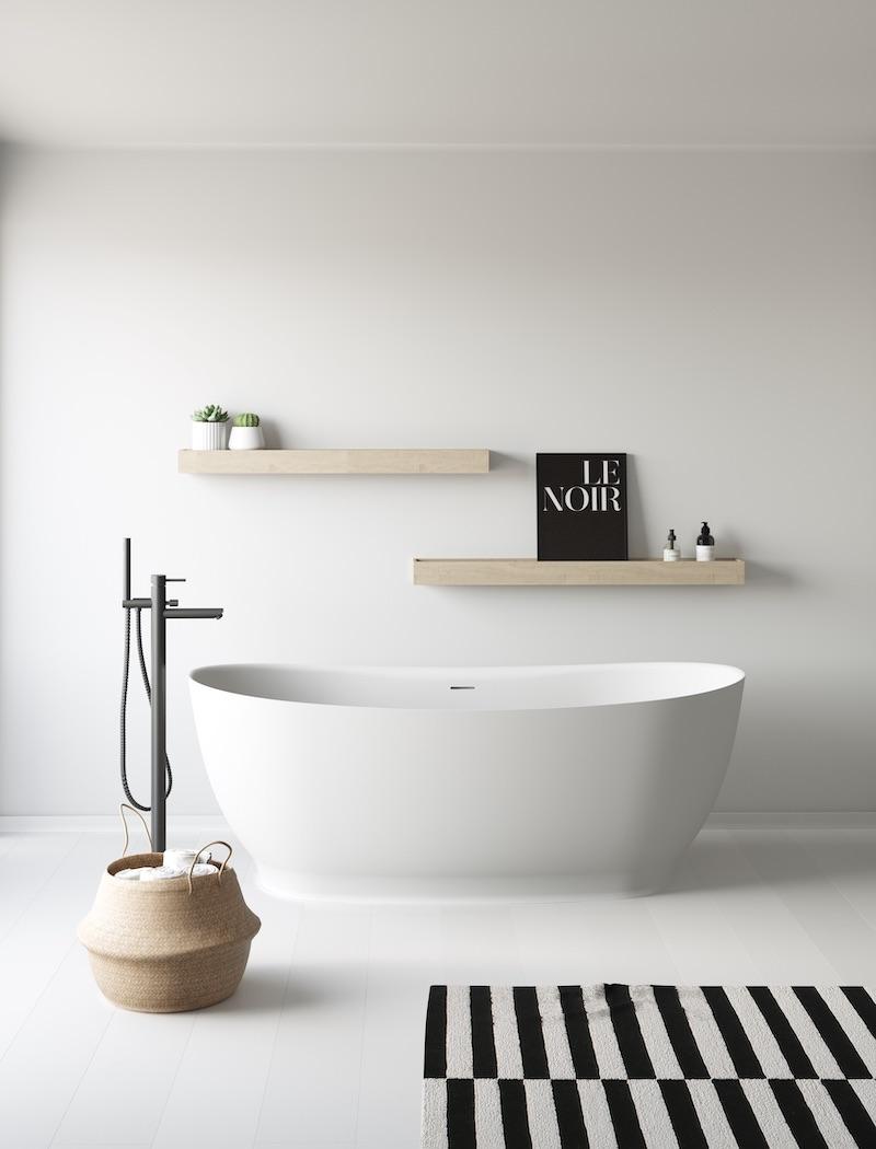 Badkamer zwart wit. Vrijstaand bad Ness van Nuovvo #bad #nuovvo #badkamer #badkamerinspiratie #zwartwit