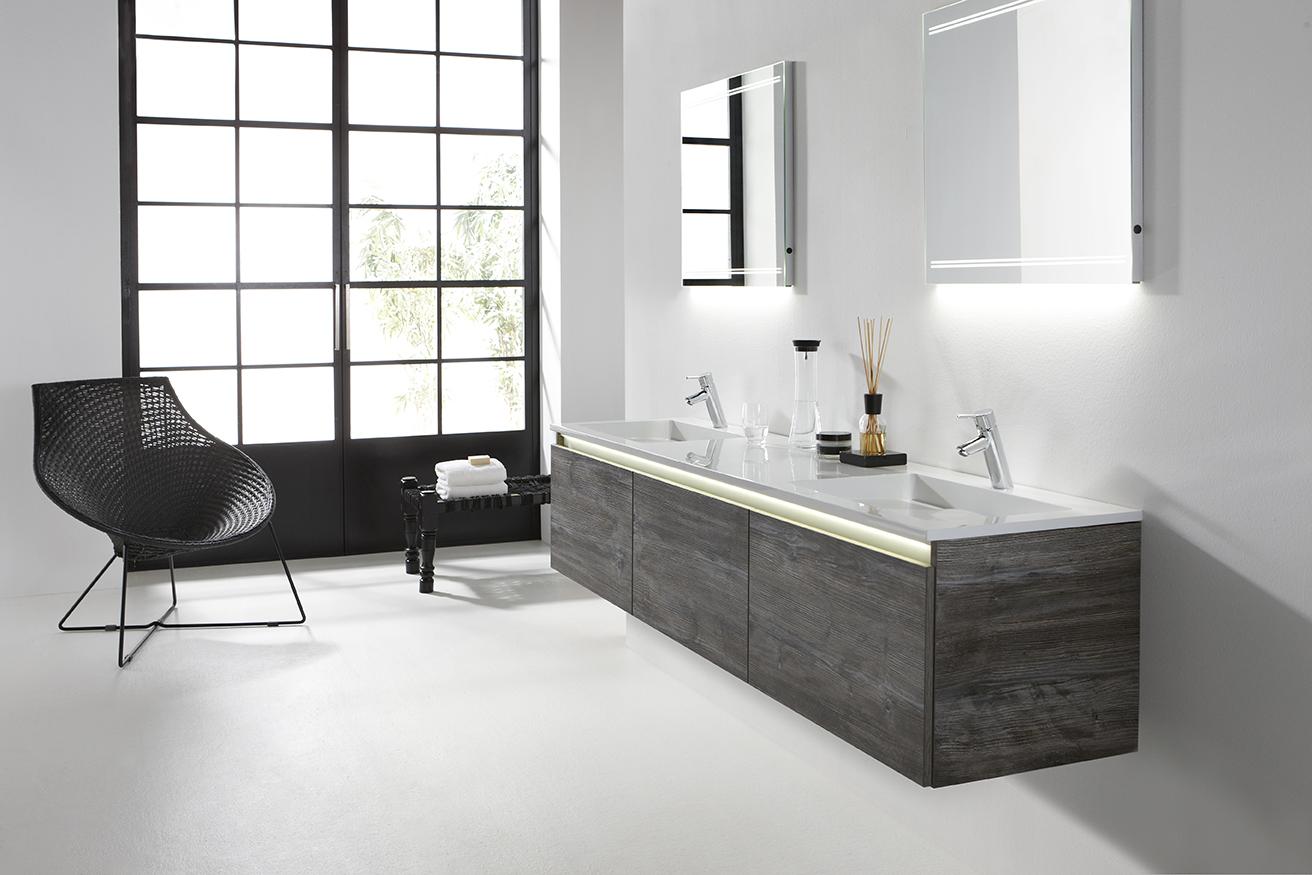 Badkamer Nieuw : Badkamermeubel Exclusive is hier afgebeeld in de ...