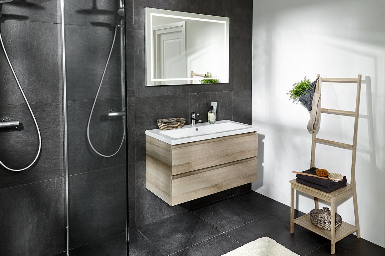 Badkamer met badkamermeubel uit de Fourth Edition serie van Primabad #badkamer #badkamermeubel #badkamerinspiratie