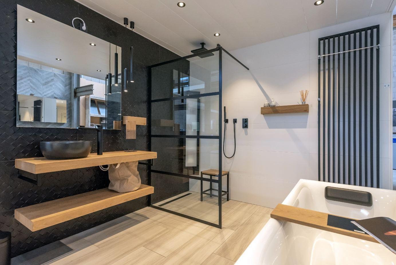 Pure ontspanning, gewoon bij je thuis. Bij Sanidrôme vind je verschillende badkamer opstellingen in verschillende stijlen. Een complete badkamer van A tot Z #sanidrome #badkamer #completebadkamer #badkamerinspiratie #badkameridee #badkamerkopen