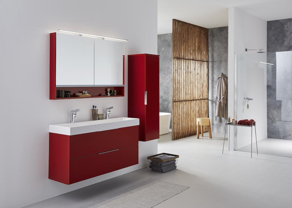 Badkamermeubel rood. Sanisrome badkamerinspiratie #badkamer #sanidrome #badkamermeubel