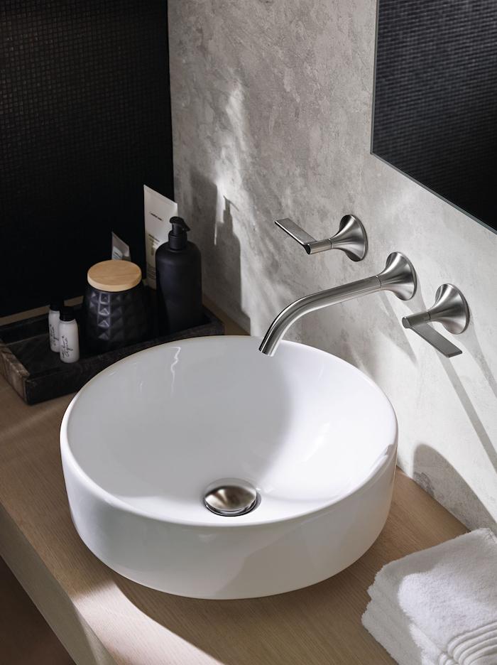 Deze mooie wastafel uit de Sphinx VariForm collectie heeft de IF Design Award gewonnen. Badkamerinspiratie! #badkamerinspiratie #sphinx #wastafel #badkamer