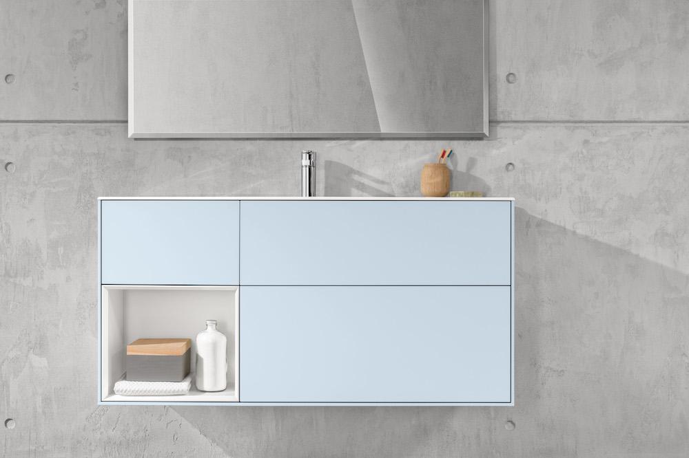 Villeroy & Boch badkamermeubel in pasteltint blauw - uit de badkamercollectie Finion kleur Cloud #badkamer 3badkamerinspiratie #badkamermeubel