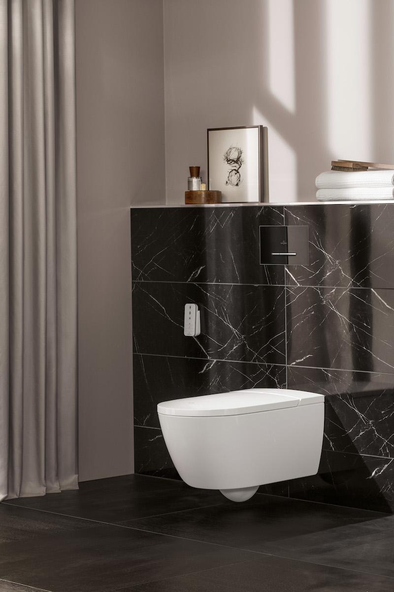 Toilet ViClean-I 100 met toiletdouche van Villeroy & Boch. Strakke lijnen en minimalistische look #toilet #badkamer