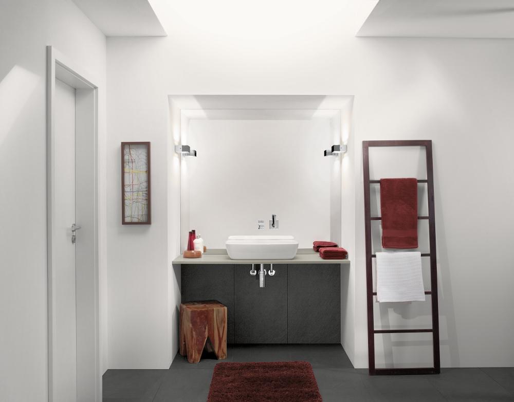 Artis, de nieuwe Villeroy & Boch premium-editie van opzetwastafels, zorgt voor een moderne trendy look in de badkamer. Het verfijnde design, met bijzonder dunne wanddiktes is gemaakt van het innovatieve materiaal TitanCeram