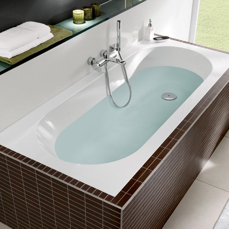 Villeroy & Boch bad Oberon. Ook verkrijgbaar als whirlpool