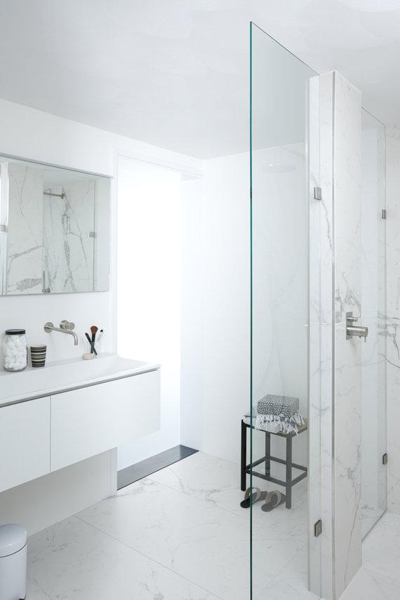 Badkamer All Marble met de uitstraling van een luxe hotel - Nieuws ...