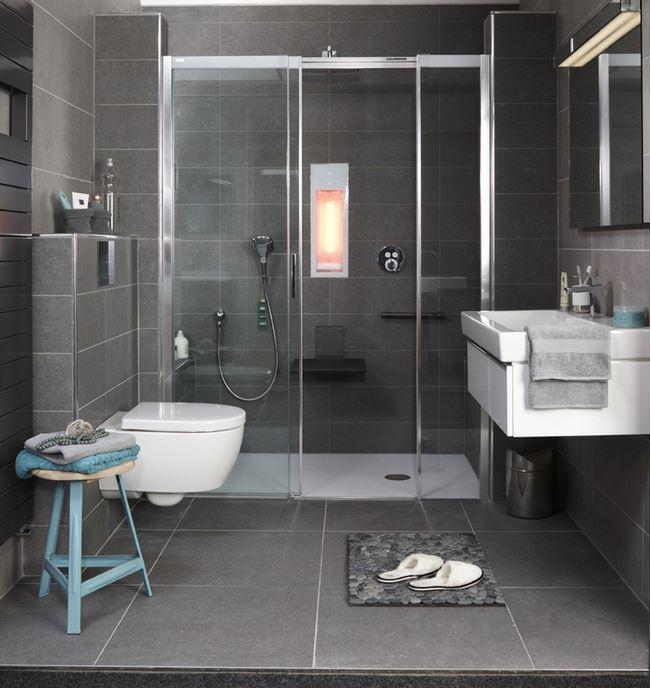 baden badkamerspecial comfortabele en veilige badkamer voor de toekomst