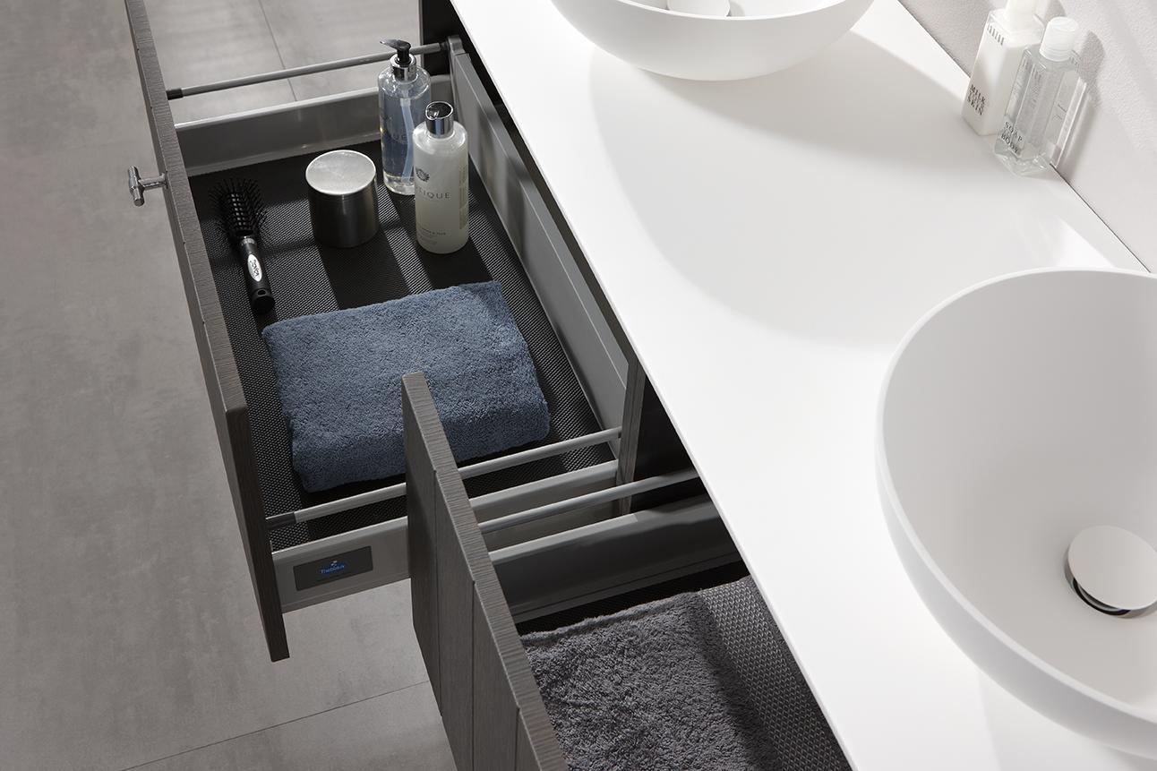 Badkamermeubel met waskommen en zelfsluitende lades - Solid X van Thebalux