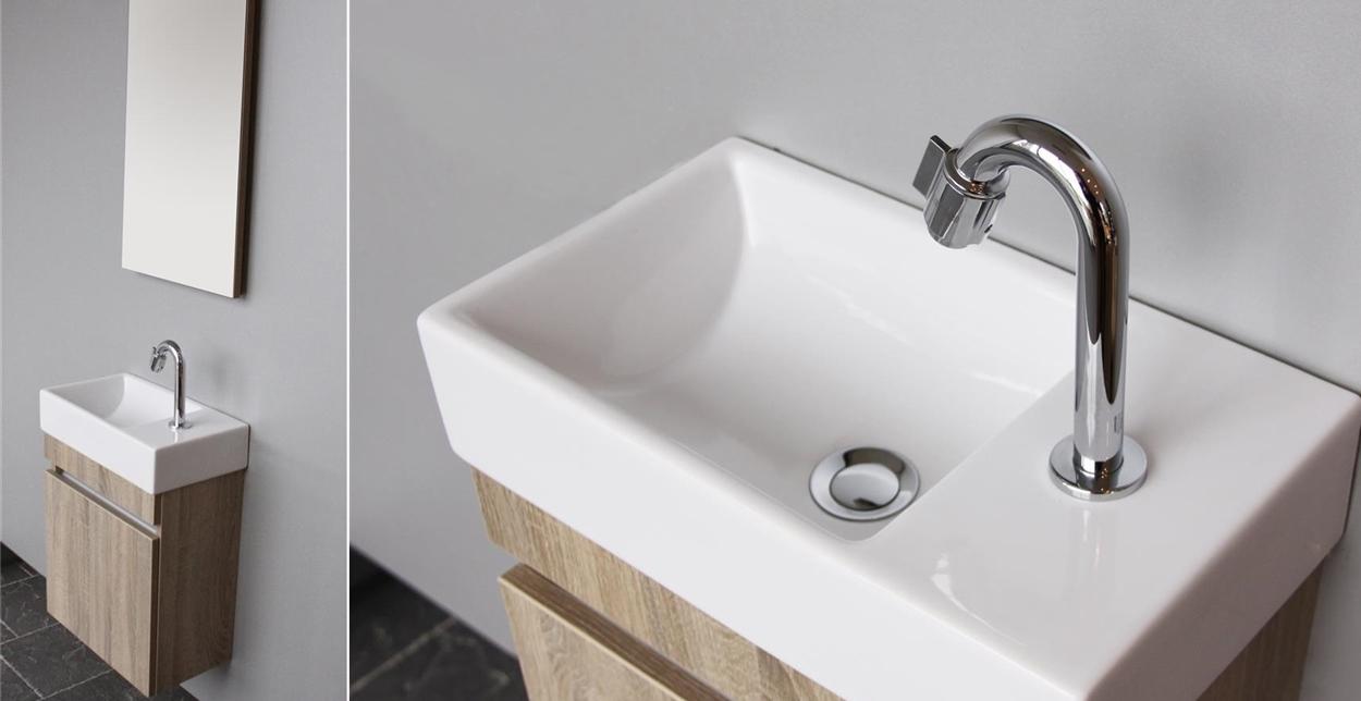 Toiletmeubel met opbergruimte, wasbak en spiegel. Day van Thebalux