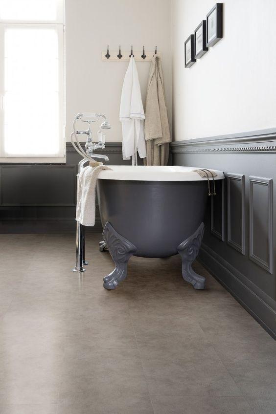 Badkamer met vinyl vloer - LVT vloer van Viligno