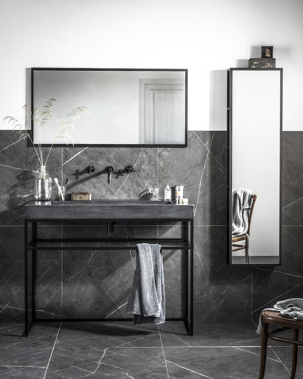 vtwonen badkamer tegels by douglas & jones