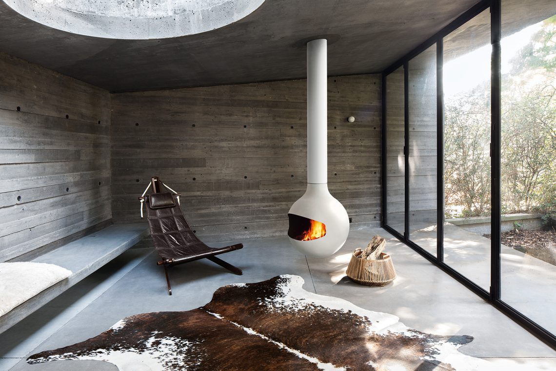 Bathyscafocus draaibare houthaard van Focus Creations #haard #design #interieur