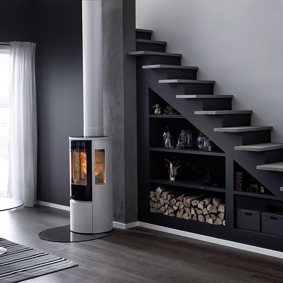 Houtkachel met modern design - Contura 500 Style #houtkachel #contura