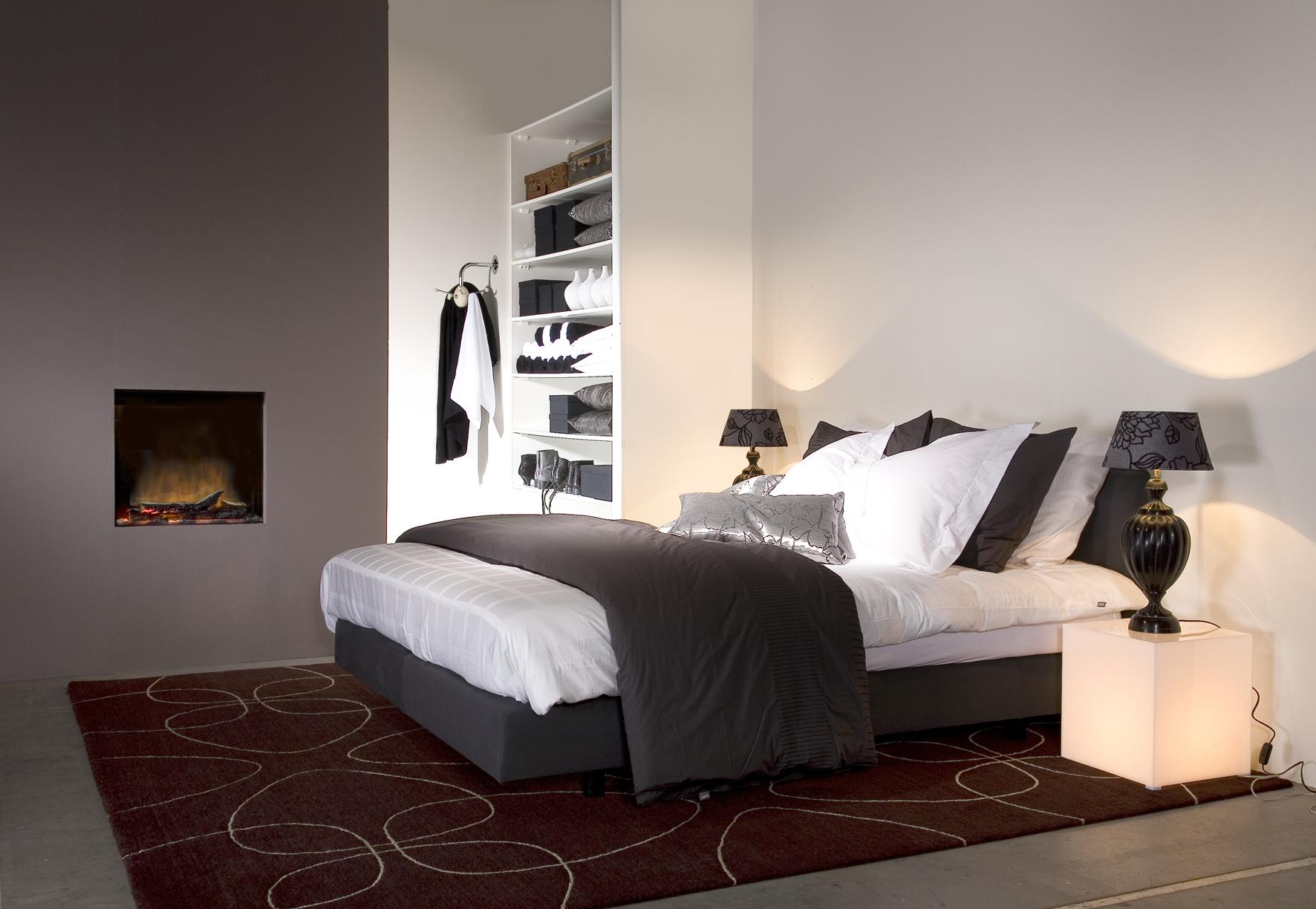 Elektrische haard in de slaapkamer - Faber
