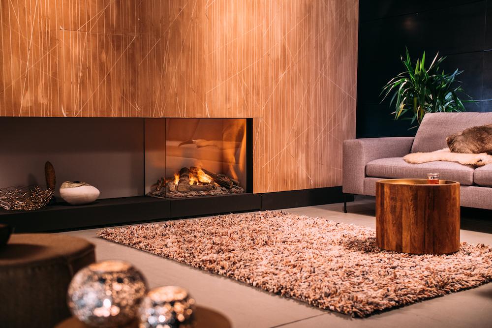 Elektrische haard e-MatriX van Faber met realistisch vuur dat ontstaat uit waternevel en energiezuinige verlichting #inbouwhaard #haard #interieur