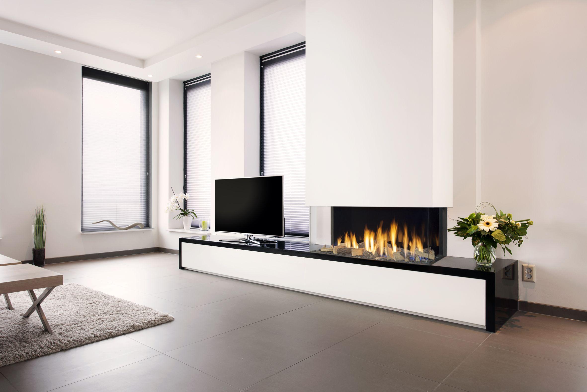 extra breed vuur met de triple premium xxl inbouwhaard nieuws startpagina voor haarden en. Black Bedroom Furniture Sets. Home Design Ideas
