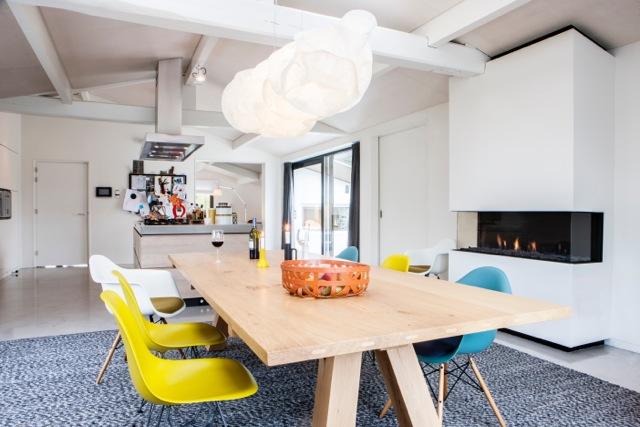 Brede gashaard in de woonkeuken - Triple XL van Faber Haarden