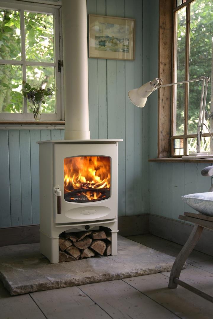 Sfeervolle charnwood houtkachels nieuws startpagina voor haarden en kachels idee n uw - Small space wood stove model ...