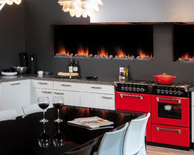 Haard met optisch vuur in keuken. Faber opti-myst slimline
