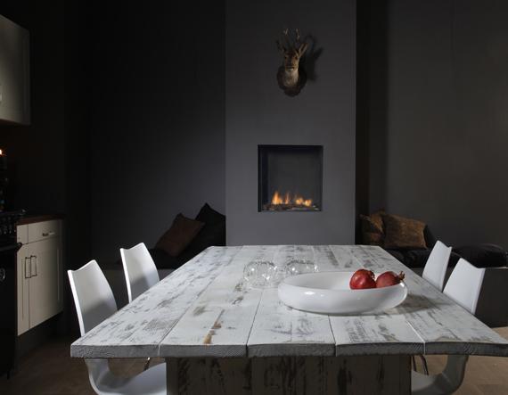 Keuken met gashaard bij eettafel Faber Fyn 450