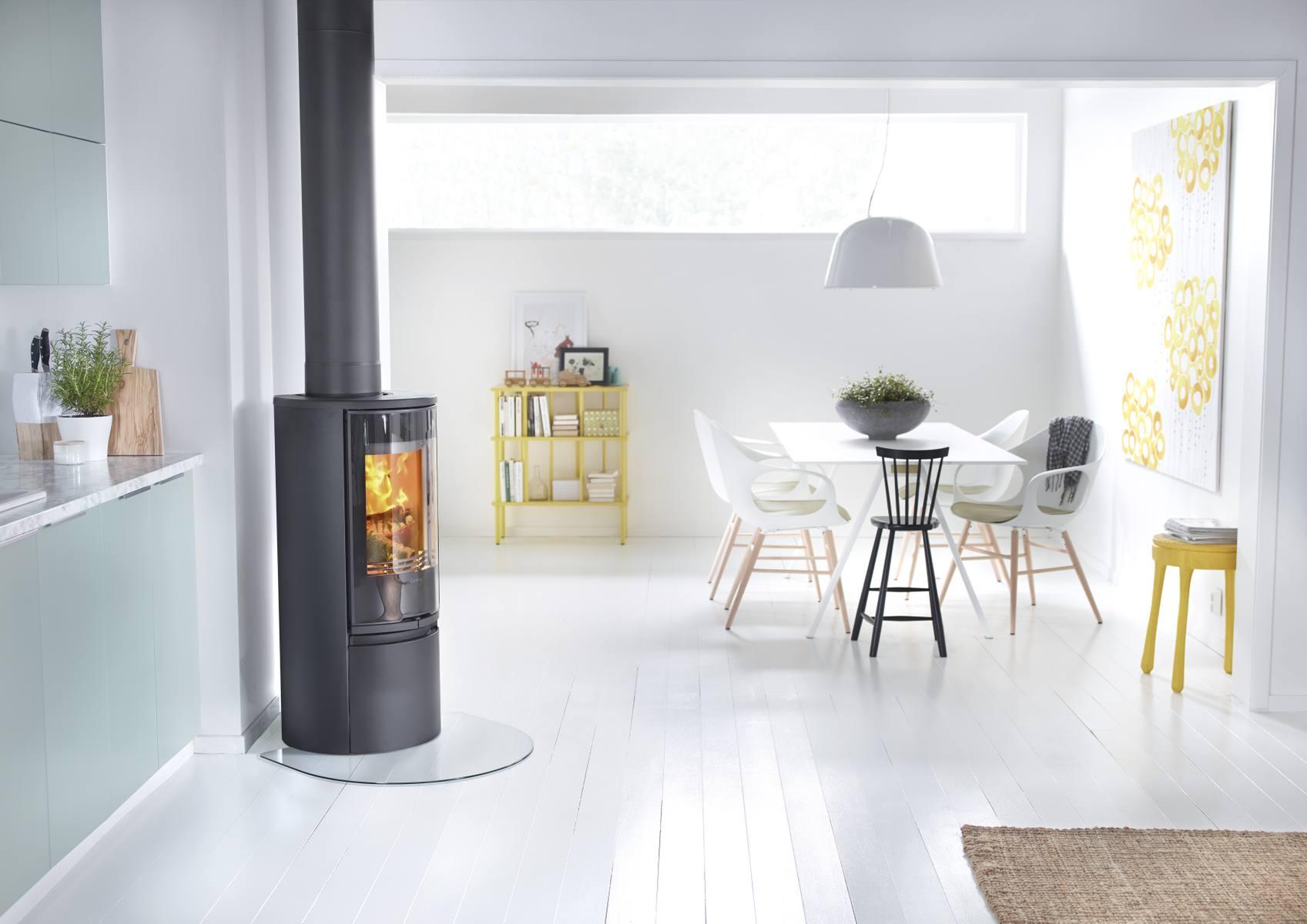 Zweedse houtkachel Contura 500 Style #scandinavië #interieur #houtkachel